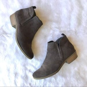 DV by Dolce Vita Ankle Booties